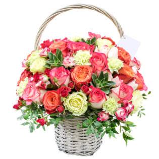 Цветы в корзинке «Дыхание любви»