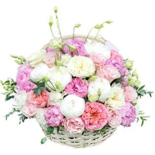 Цветы в корзинке «Женские мечты»